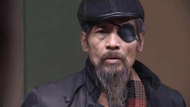 """Nghệ sỹ Chu Hùng trong vai Thế Chột của phim """"Người phán xử"""" phải sống trong cảnh bị cắt điện nước suốt 5 năm qua"""