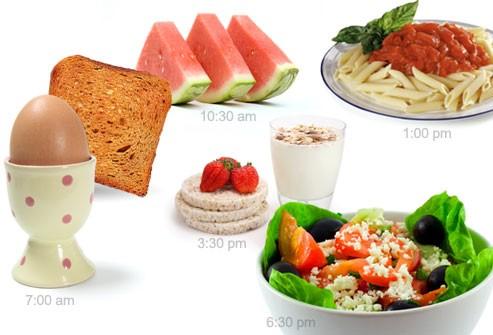 Chia nhỏ bữa ăn trong ngày giúp cơ thể hấp thụ tốt hơn