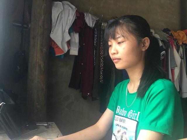 Hoàn cảnh gia đình khó khăn khiến nhung từng phải từ bỏ  ước mơ học đường