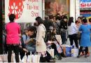 Tại sao Trung Quốc đổ xô đến Nhật mua hàng ngày một tăng?