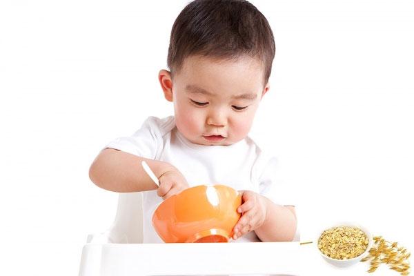 Bổ sung dinh dưỡng mỗi ngày giúp bé ngủ ngon và phát triển khỏe mạnh