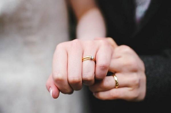Chàng trai bị bạn gái hủy hôn khi bố không cho tiền trước khi cưới