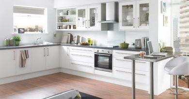 Khuyên bạn một số lý do không nên sơn bếp màu trắng