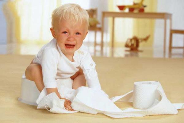 Nguyên nhân nào khiến trẻ 6 tháng tuổi bị táo bón?