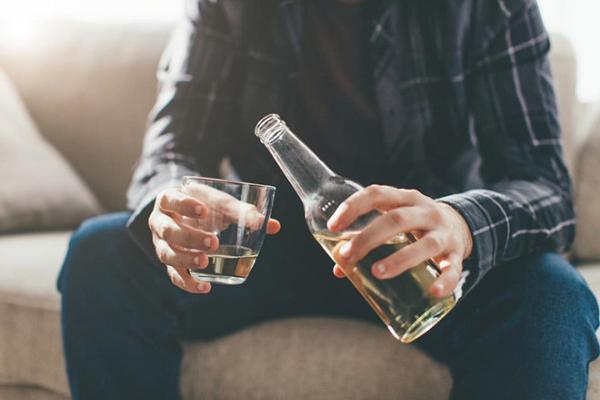 Tác hại của bia rượu ảnh hưởng đến chức năng sinh sản