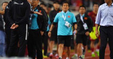 """Cà khịa HLV Park Hang-seo, HLV Thái Lan bị """"tổng sỉ vả"""""""