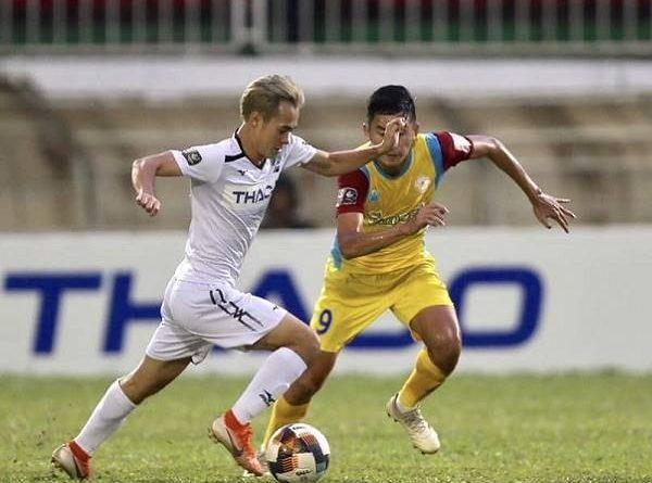 Bóng đá Việt Nam sáng 31/3: V.League 2020 hoãn vô thời hạn, không đá tập trung