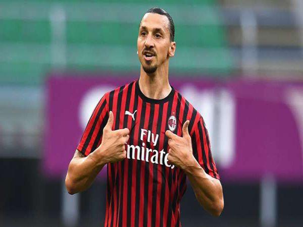 Chuyển nhượng tối 27/8: Ibrahimovic chưa gia hạn hợp đồng với AC Milan
