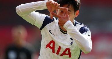 """Tin bóng đá 21/9: Đi vào lịch sử, """"Ronaldo Hàn Quốc"""" được ca ngợi hết lời"""