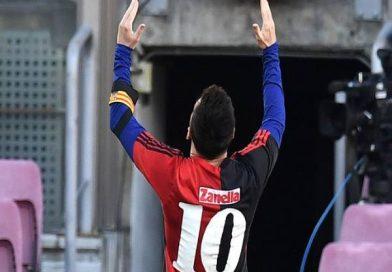 Tin bóng đá trưa 3/12: Messi bị phạt 600 euro vì hành động tri ân