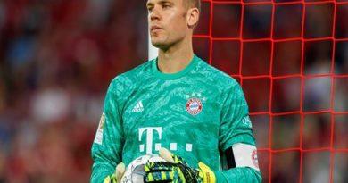 """""""Người nhện"""" Neuer nhận tin cực vui"""