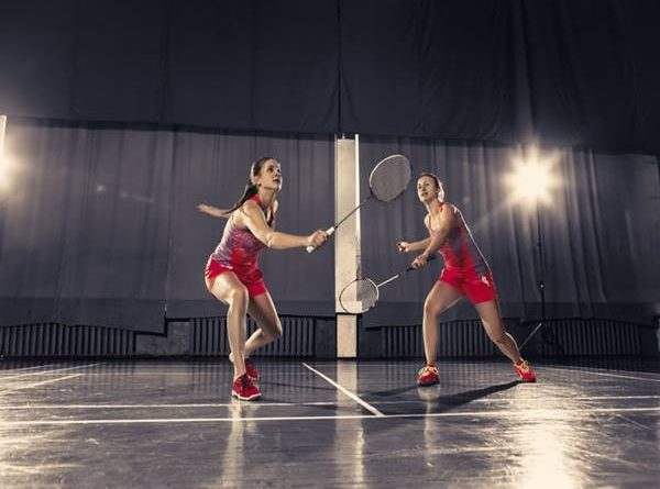 Luật cầu lông đôi khi thi đấu cho người mới học chơi
